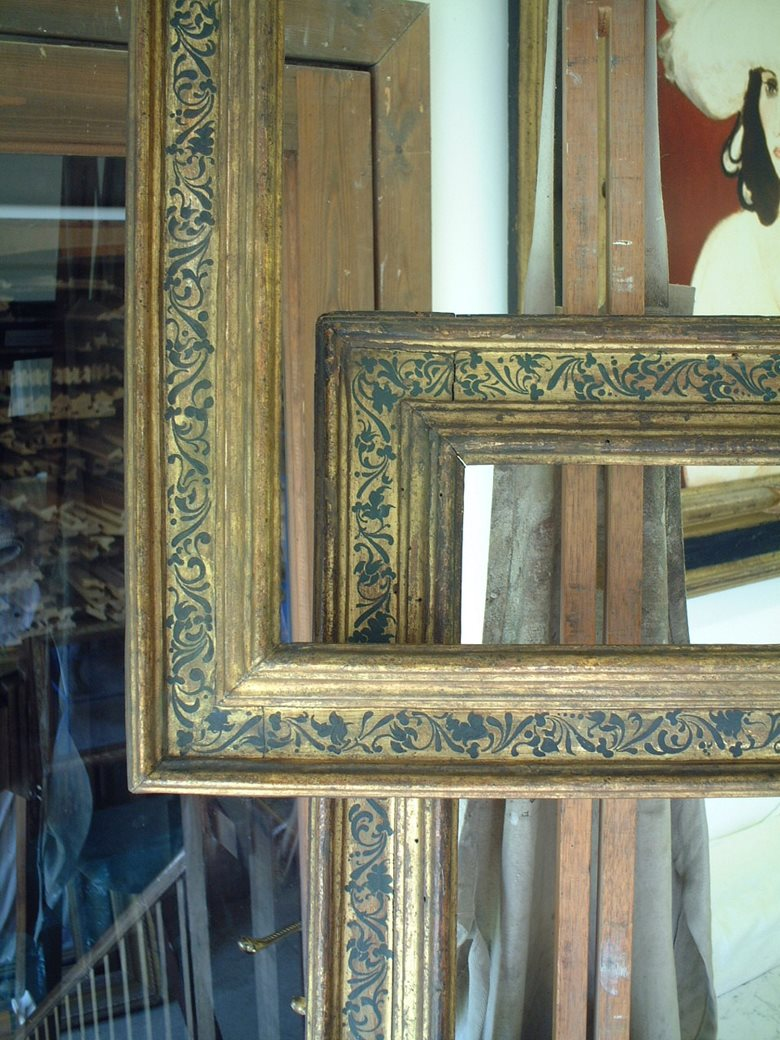 Seventeenth century Italian reproduction frame with hand-painted frieze